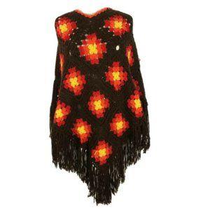 Vintage Crochet GRANNY SHAWL 60s 70s Fringe Boho